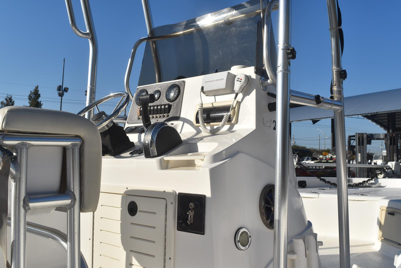 2000 Mako boat for sale, model of the boat is 2100 & Image # 8 of 9
