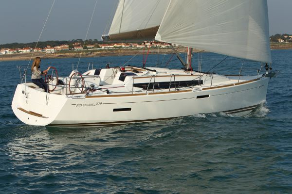 Jeanneau Sun Odyssey 389 For Sale Brokerage
