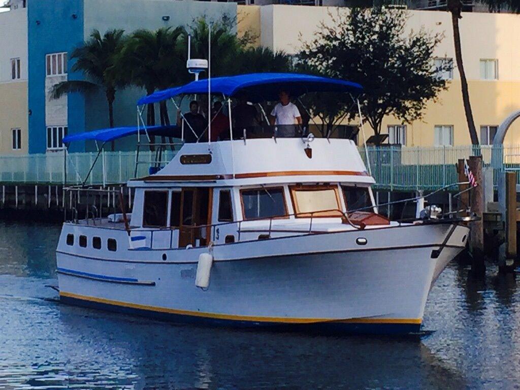 43' 1984/2015 Marine Trader 43 Sundeck 1984 43 Sundeck Trawler