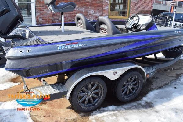 2020 Triton boat for sale, model of the boat is 20 TRX & Image # 42 of 58