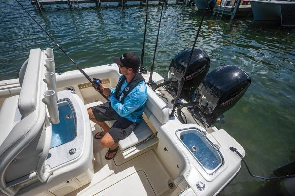 2020 Mako boat for sale, model of the boat is 236 CC & Image # 113 of 115