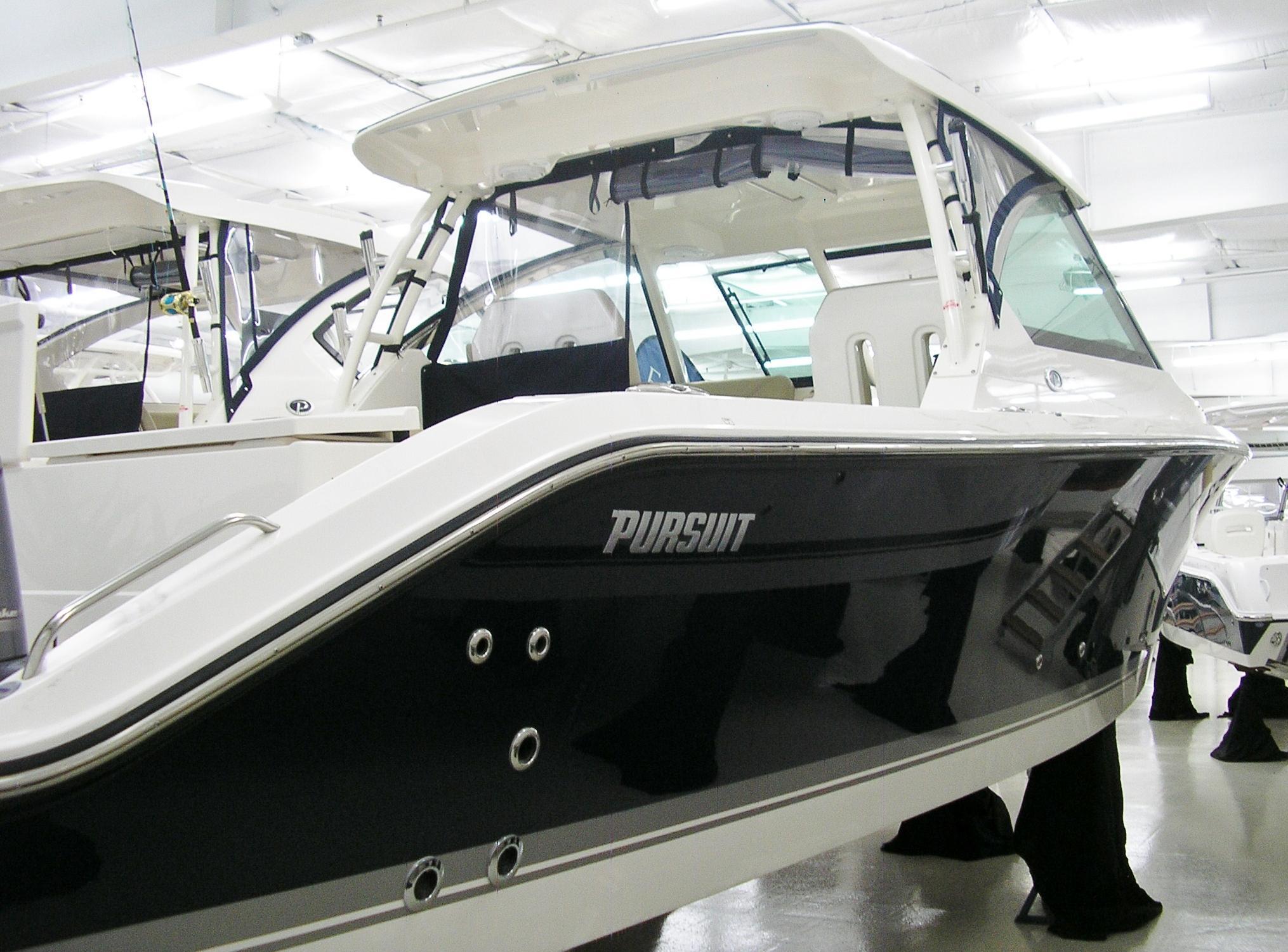 Pursuit325 DC