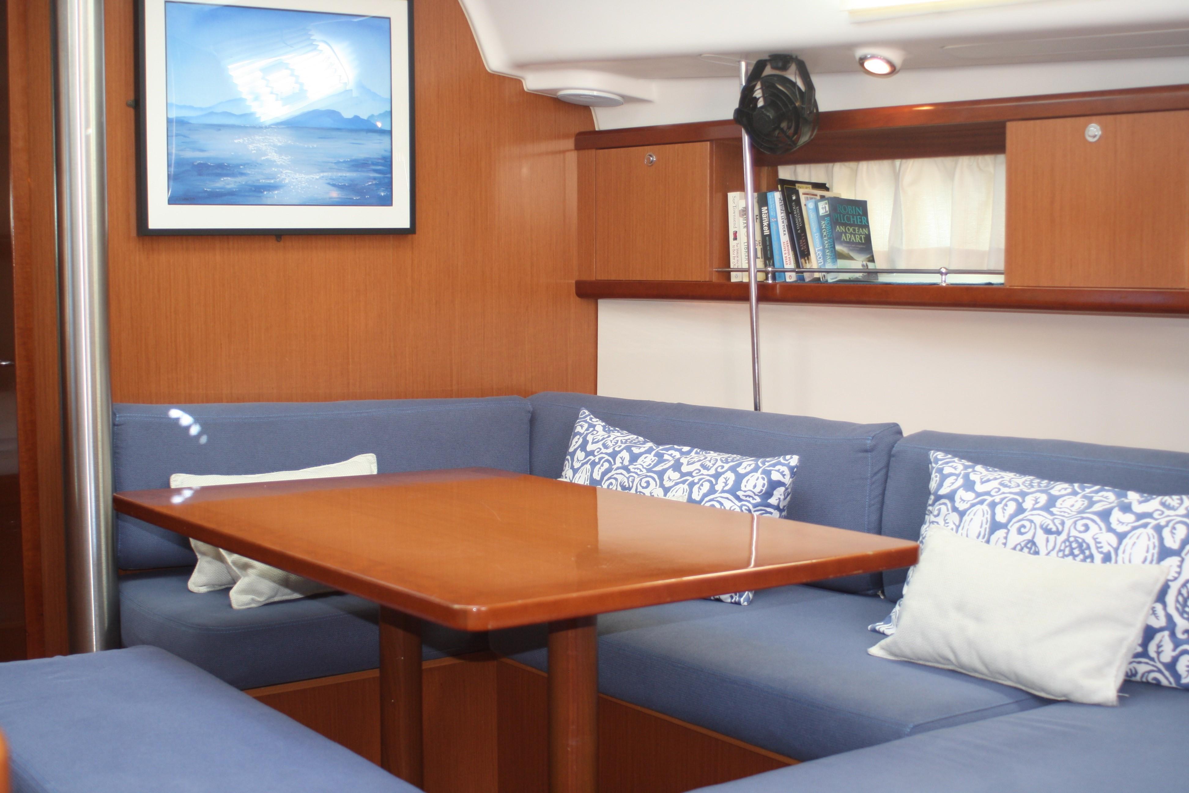 Beneteau Oceanis 40 boat for sale