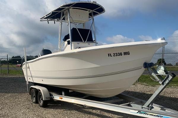 2003 Sea Pro boat for sale, model of the boat is 21 CC & Image # 2 of 2