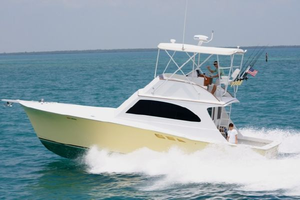 2009 CUSTOM / EGG HARBOR 38. Location: BOCA RATON US. $169000.00