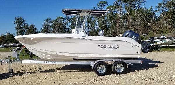 2020 ROBALO R200 for sale
