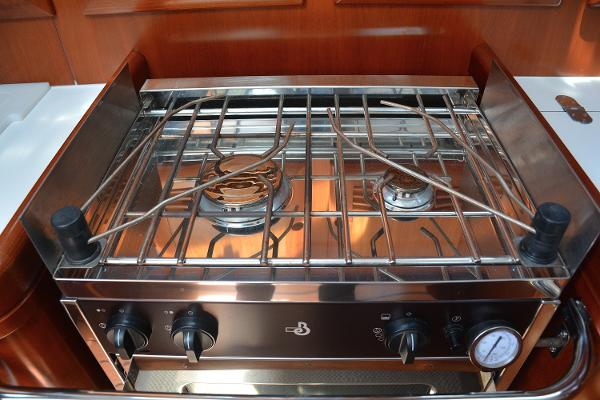 Well Appointed Two Burner Propane Stove With Oven,