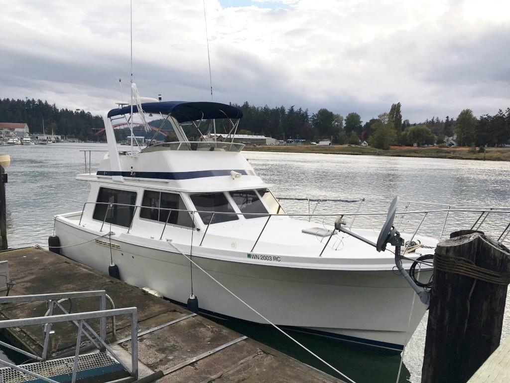 Uniflite 37 Coastal Cruiser