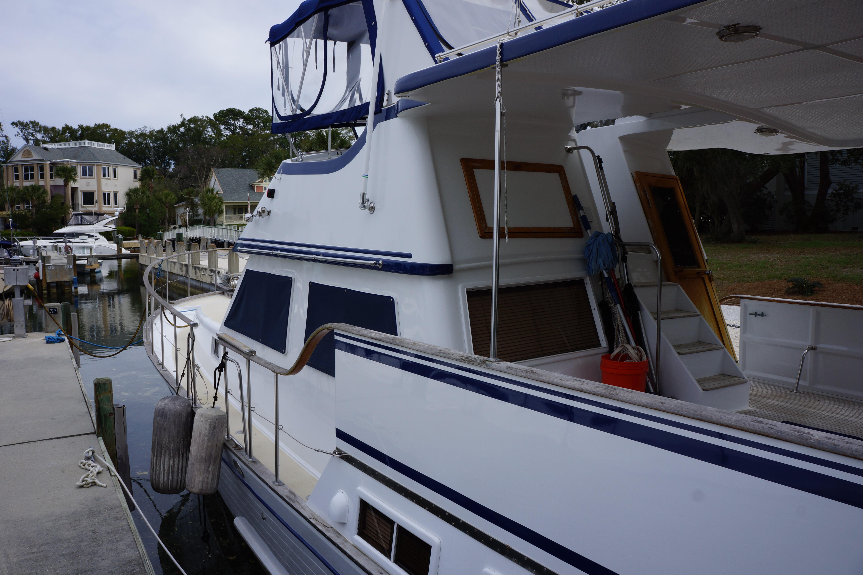 Marine Trader 43 LaBelle - Photo: #8