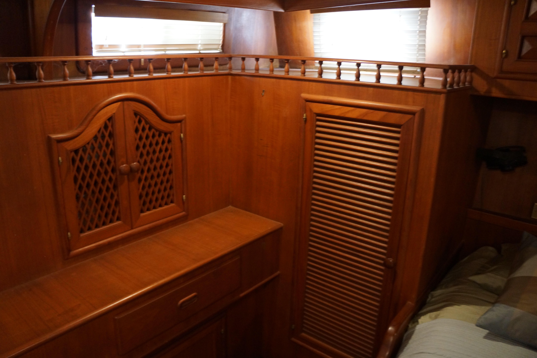 Marine Trader 43 LaBelle Trawler - master cabin starboard lockers