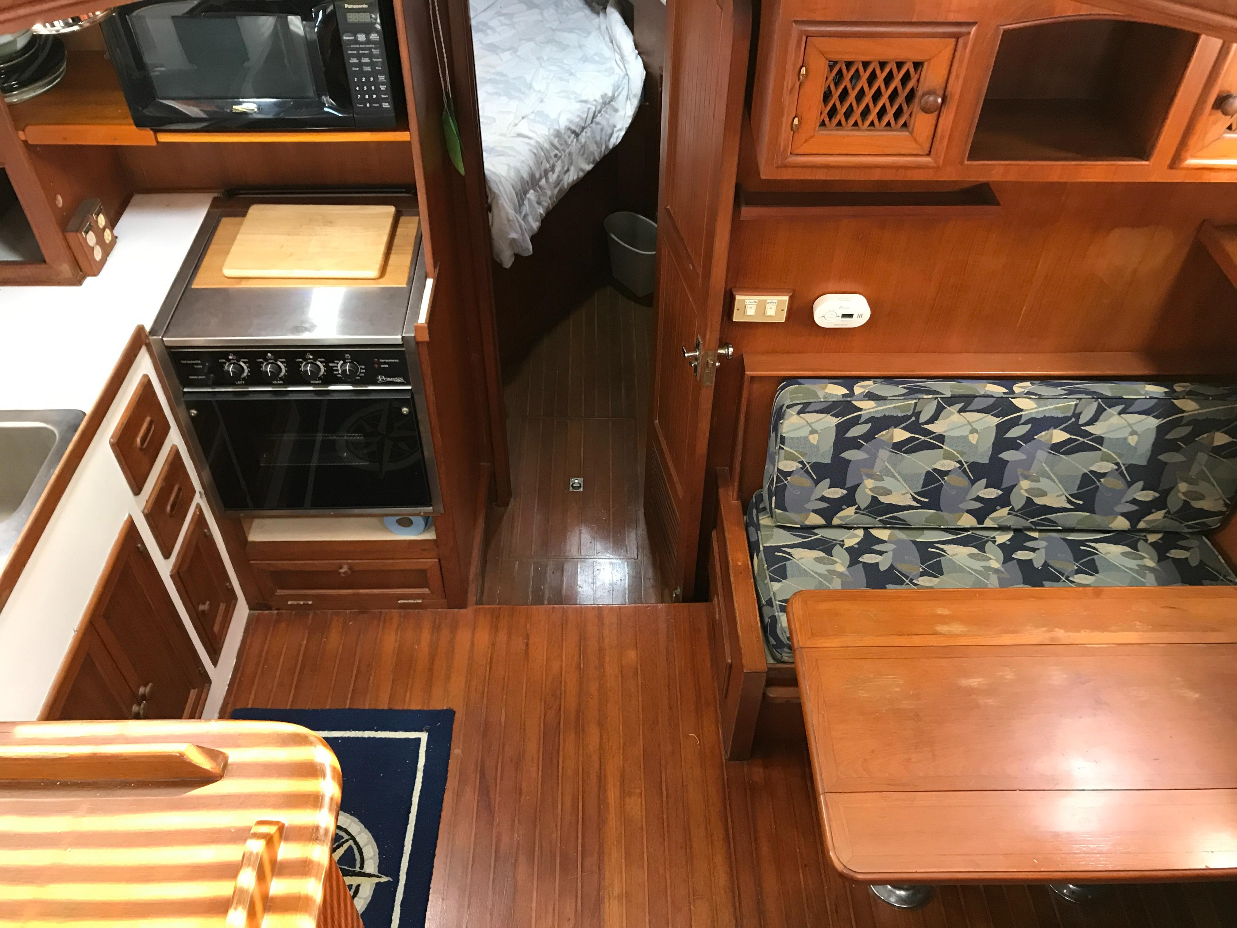 Marine Trader 43 LaBelle Trawler - galley and dinette