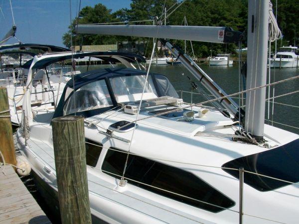1999 Hunter 340 | Sailboats for Sale