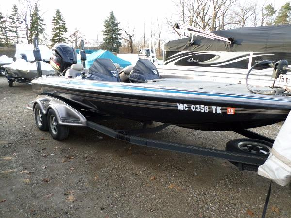 Skeeter new and used boats for sale in michigan for Fishing boats for sale in michigan