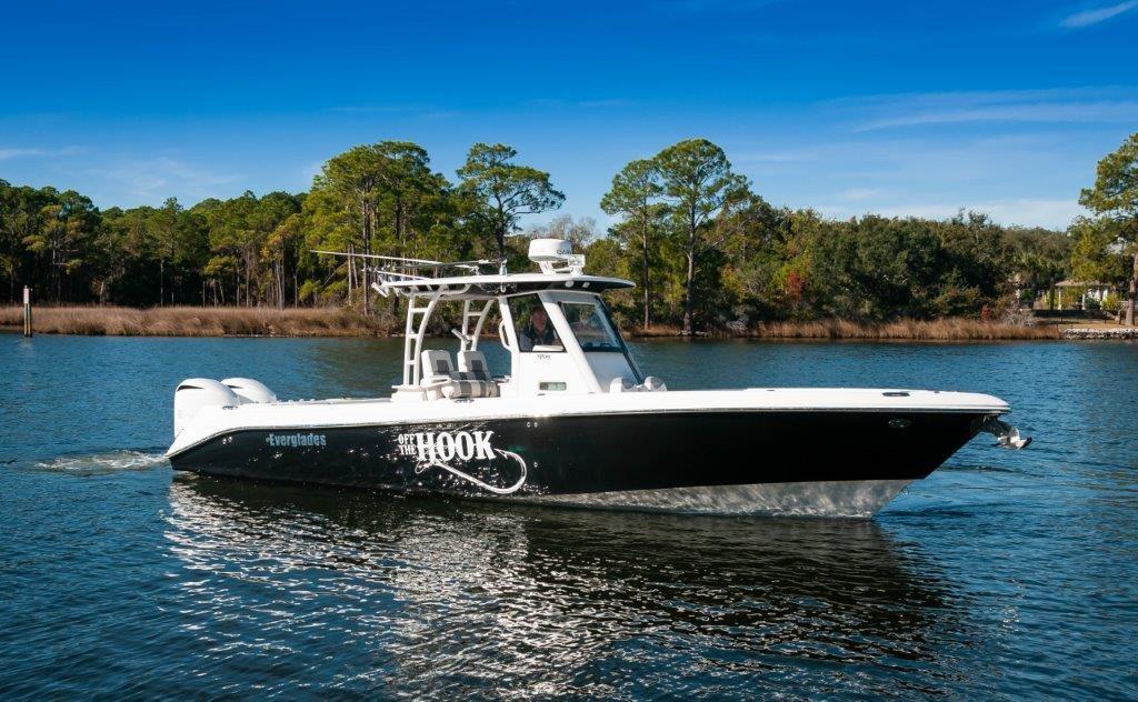 2015 Everglades 325CC Starboard