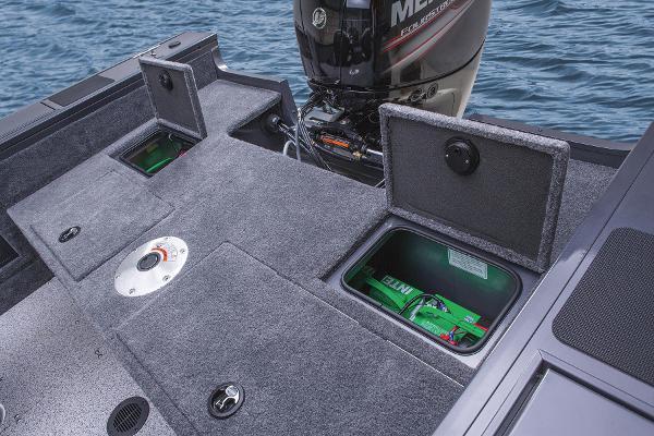 2015 Tracker Boats boat for sale, model of the boat is Targa V-18 WT & Image # 8 of 49