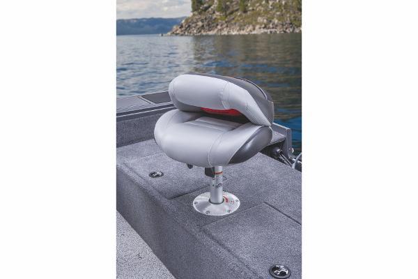 2015 Tracker Boats boat for sale, model of the boat is Targa V-18 WT & Image # 10 of 49