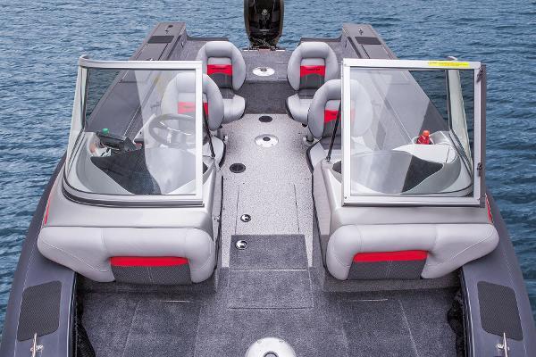 2015 Tracker Boats boat for sale, model of the boat is Targa V-18 WT & Image # 31 of 49
