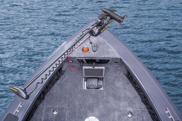 2015 Tracker Boats boat for sale, model of the boat is Targa V-18 WT & Image # 35 of 49