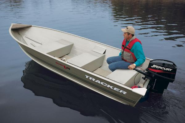 2016 Tracker Boats boat for sale, model of the boat is Guide V-14 Deep V & Image # 2 of 3