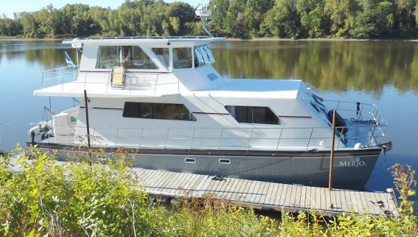 50' Power Catamaran 2014 Flybridge