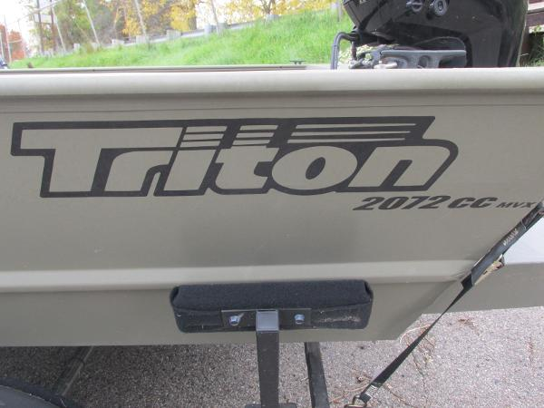 2018 Triton boat for sale, model of the boat is 2072 MVX CC & Image # 22 of 23