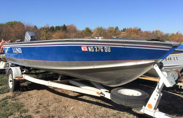 1990 LUND BLUE STINGER for sale
