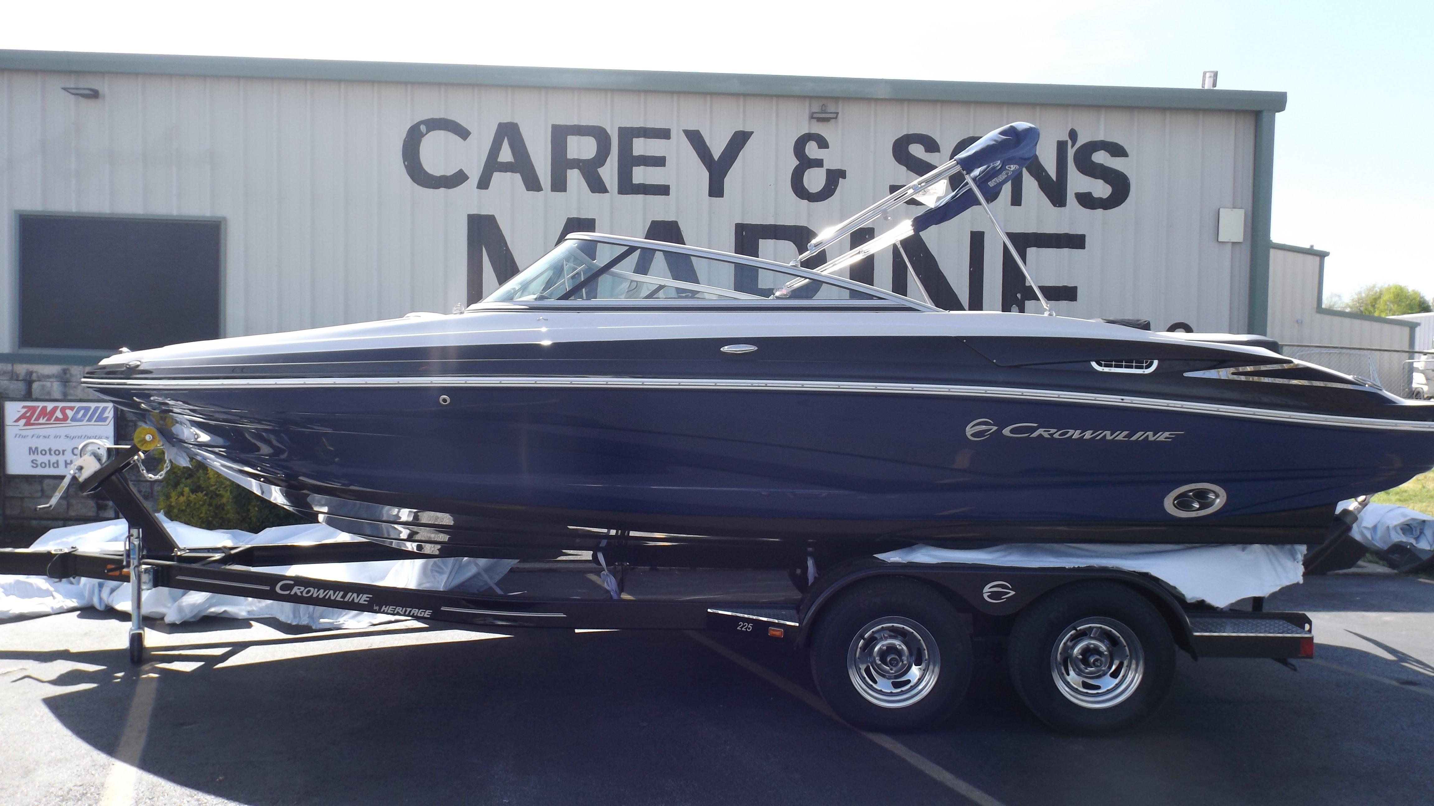 2019 Crownline 225 SS Granbury, Texas - Carey & Sons Marine