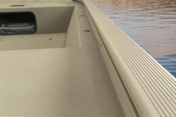 2015 Tracker Boats boat for sale, model of the boat is Grizzly 1648 Jon & Image # 8 of 14