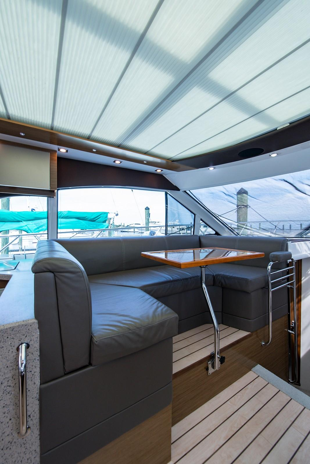 2013 Cruisers Yachts 45 Cantius - Yacht Sales and Services