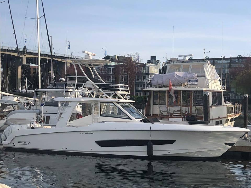 42' Boston Whaler 2016