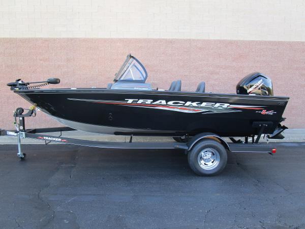 2021 Tracker Boats boat for sale, model of the boat is Pro Guide V-175 Combo & Image # 1 of 27