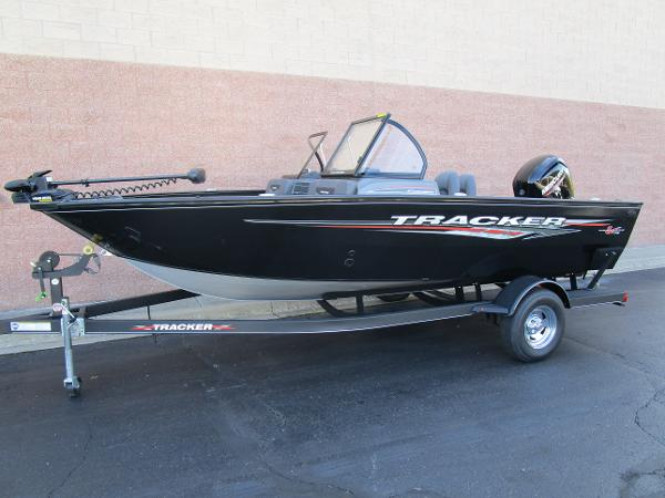 2021 Tracker Boats boat for sale, model of the boat is Pro Guide V-175 Combo & Image # 2 of 27