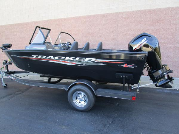 2021 Tracker Boats boat for sale, model of the boat is Pro Guide V-175 Combo & Image # 3 of 27
