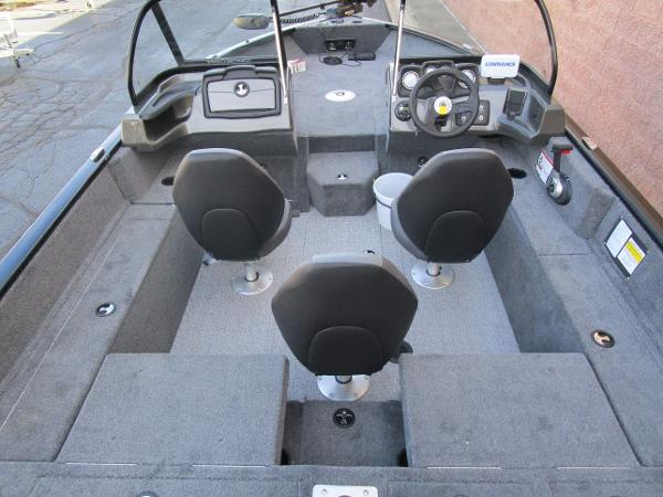 2021 Tracker Boats boat for sale, model of the boat is Pro Guide V-175 Combo & Image # 10 of 27