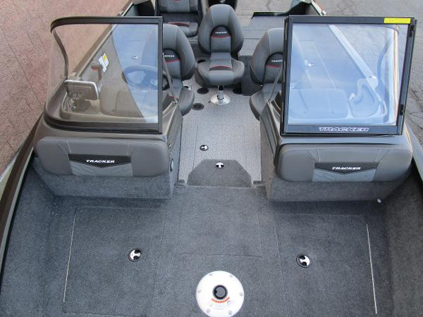 2021 Tracker Boats boat for sale, model of the boat is Pro Guide V-175 Combo & Image # 23 of 27