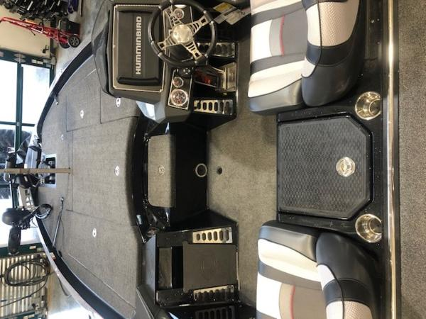2020 Ranger Boats boat for sale, model of the boat is Z520L & Image # 5 of 10
