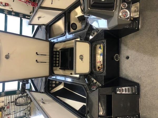 2020 Ranger Boats boat for sale, model of the boat is Z520L & Image # 9 of 10