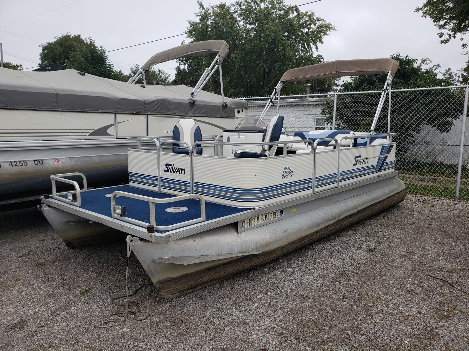 1995 SYLVAN ELITE FISH for sale
