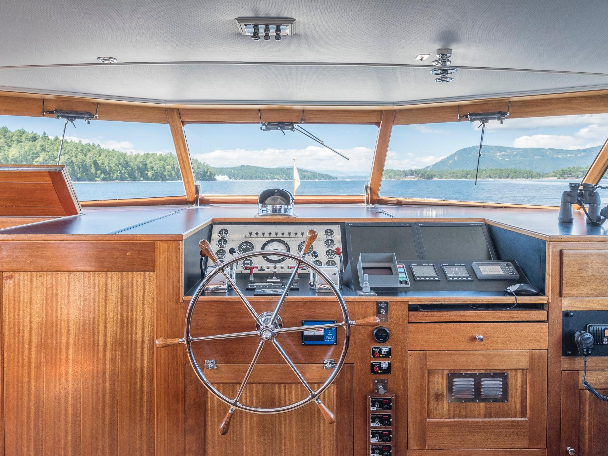 Pilothouse Helm