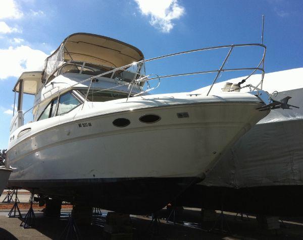 37' Sea Ray 370 Aft Cabin Motor Yacht