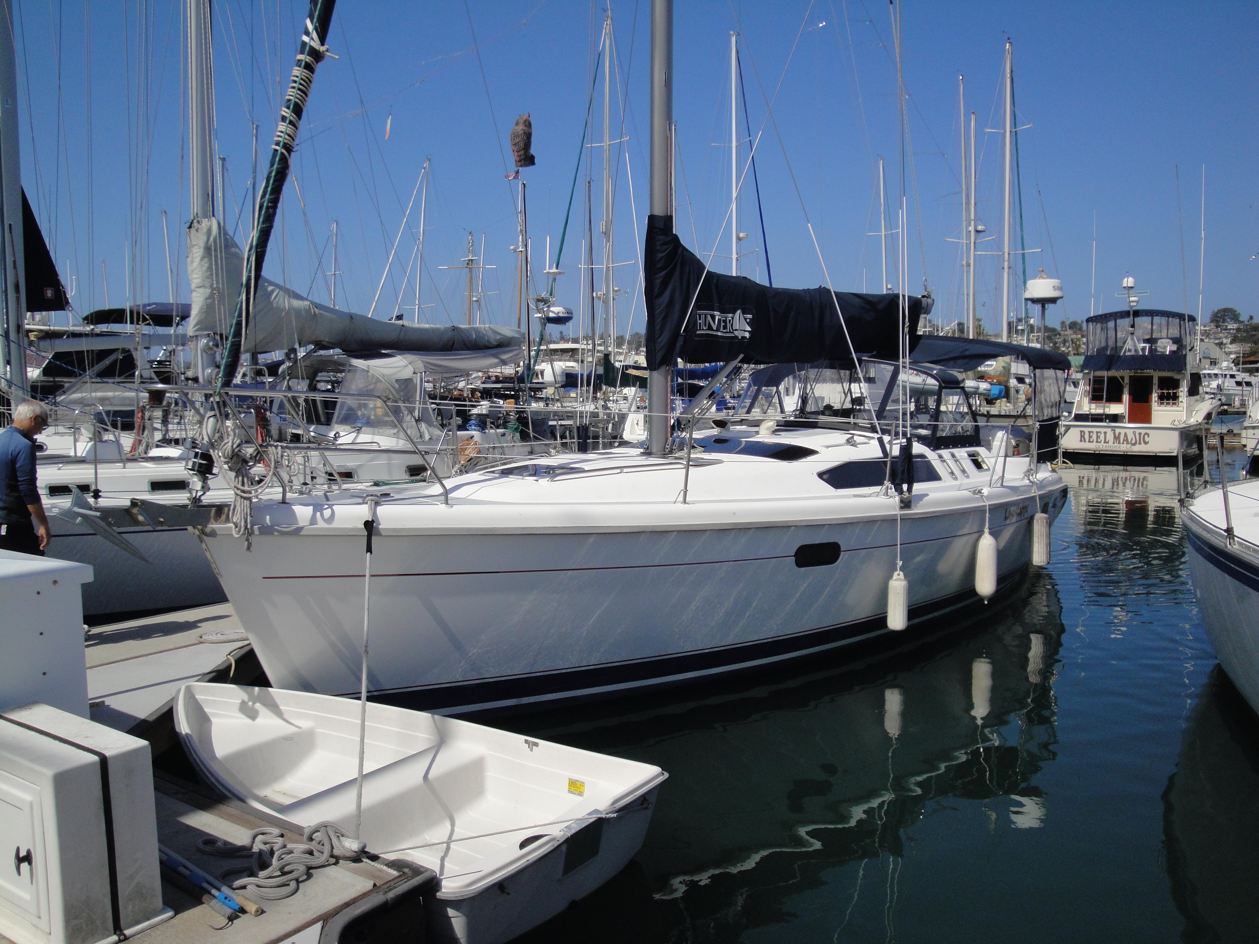 Picture Of:  38' Hunter 376 Sloop 1997Yacht For Sale | 57