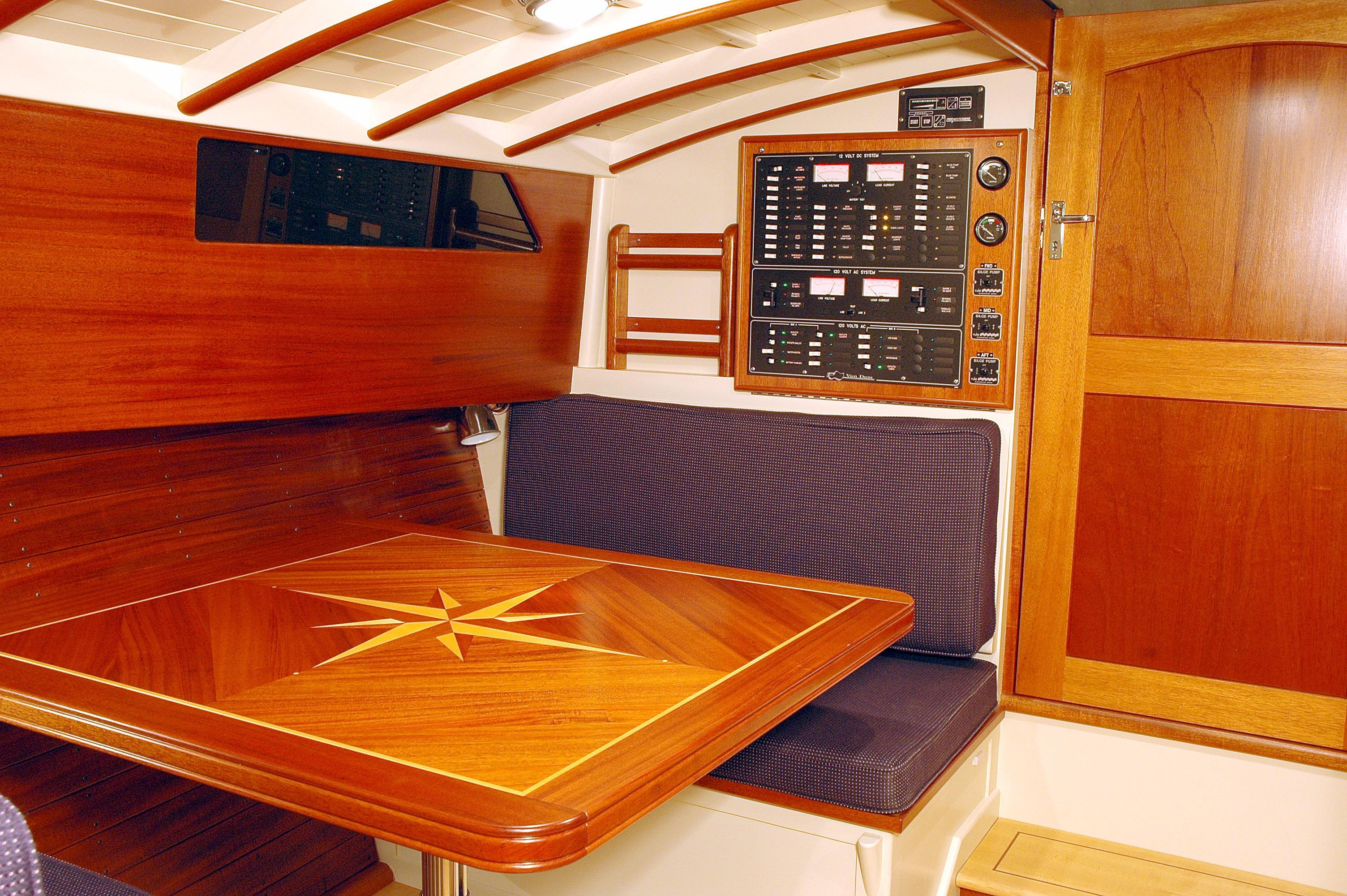 Dinette and companionway