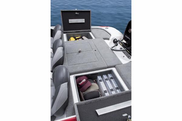 2015 Nitro boat for sale, model of the boat is Z-6 & Image # 14 of 24