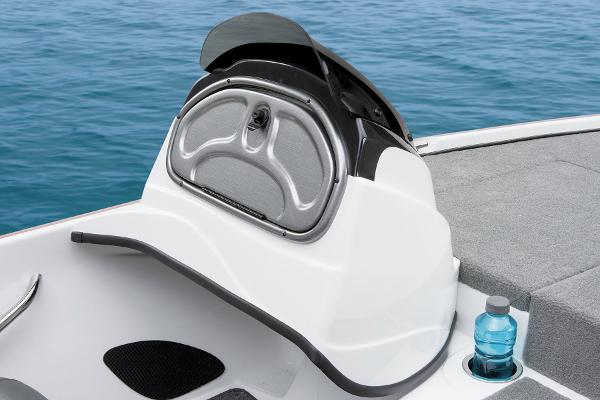 2015 Nitro boat for sale, model of the boat is Z-6 & Image # 17 of 24
