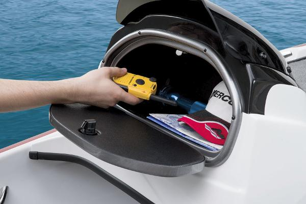 2015 Nitro boat for sale, model of the boat is Z-6 & Image # 18 of 24