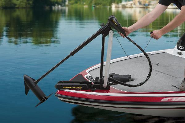 2015 Nitro boat for sale, model of the boat is Z-6 & Image # 6 of 24