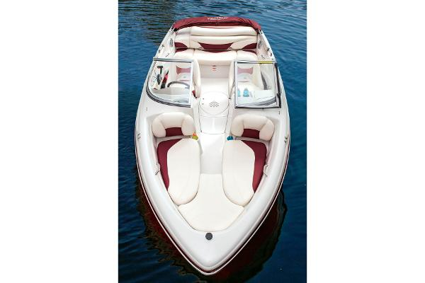 2014 Tahoe boat for sale, model of the boat is Q5i & Image # 9 of 38