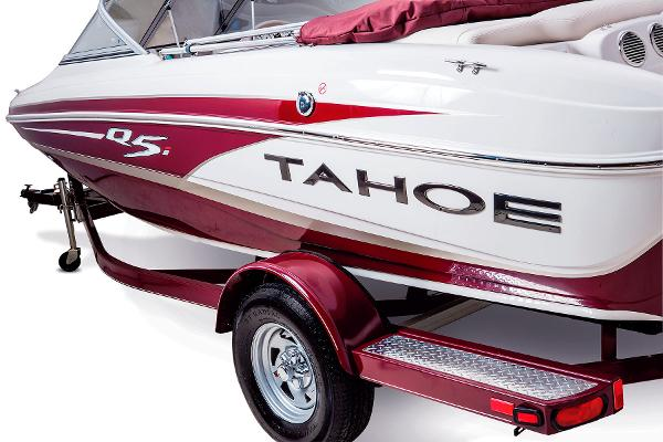 2014 Tahoe boat for sale, model of the boat is Q5i & Image # 6 of 38