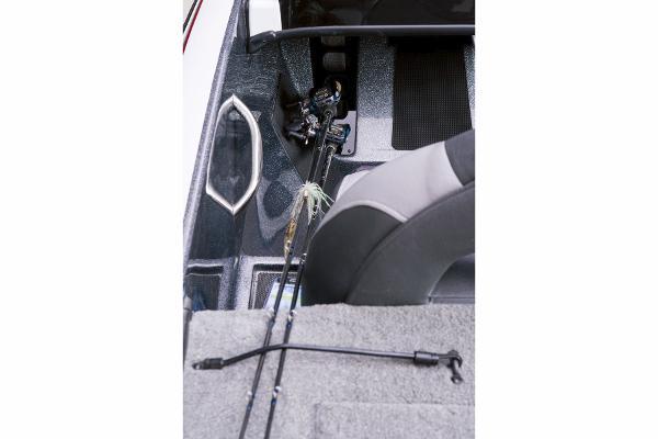 2015 Nitro boat for sale, model of the boat is Z-7 & Image # 12 of 31