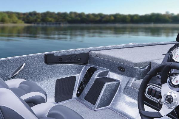 2015 Nitro boat for sale, model of the boat is Z-7 & Image # 15 of 31